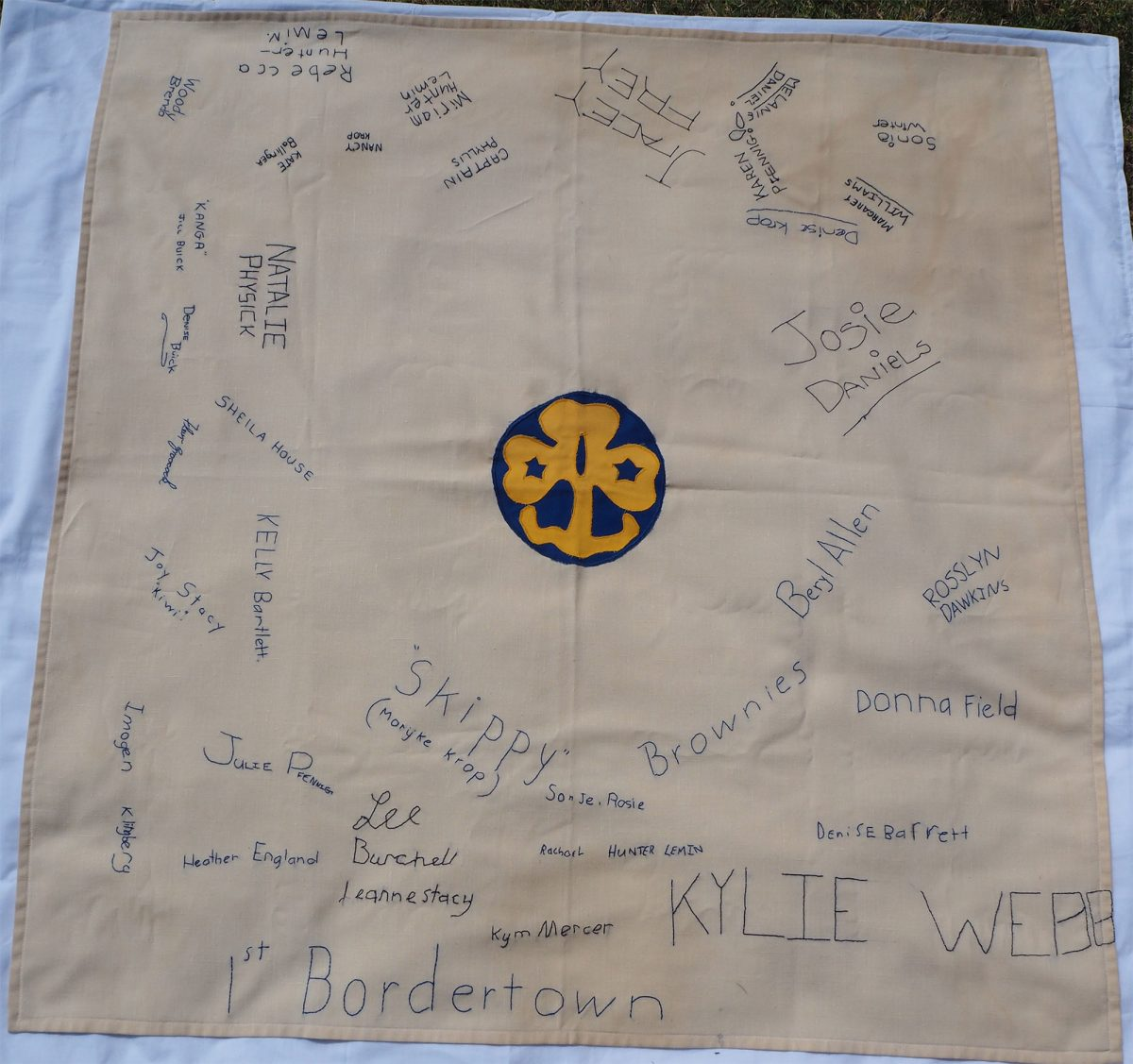 Girl Guides SA. 1st Bordertown: Cloth
